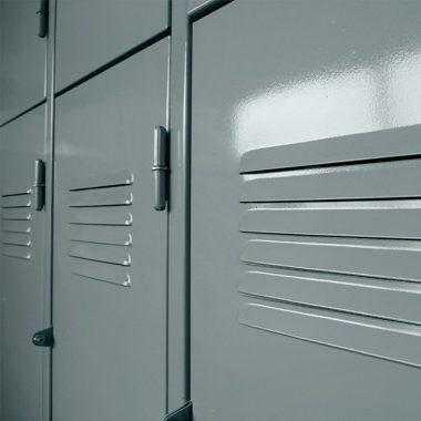 Guardarropas de 3 puertas largas Metallo